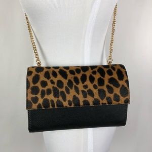 NWT Vince Camuto  Wallet on a chain